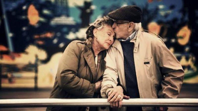 annunci per coppie blind dating sostituzione