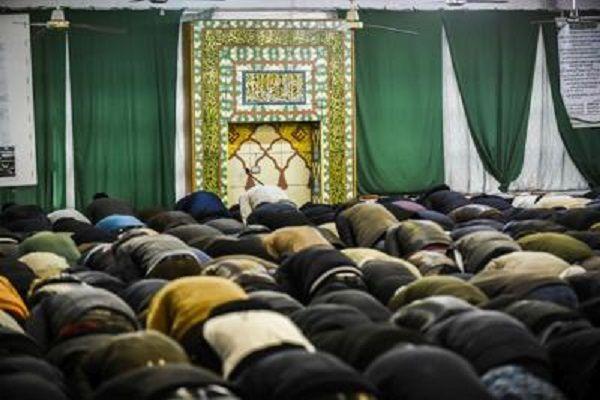 cms_12139/moschea_preghiera_ftg.jpg