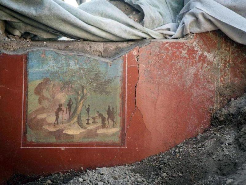 06aec359af ... cornici decorate e marmi finti che imitavano quelli orientali, con  colori che variano dal verde, dal rosso al blu: sono questi i capolavori di  pittura ...