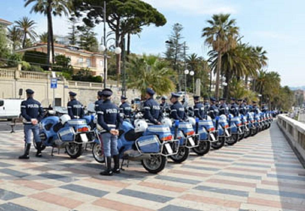 """IL_98°_GIRO_D'ITALIA__E__I__SUOI__""""ANGELI""""__DELLA_POLSTRADA"""