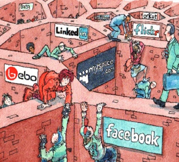 Toglieteci_tutto_ma_non_i_social