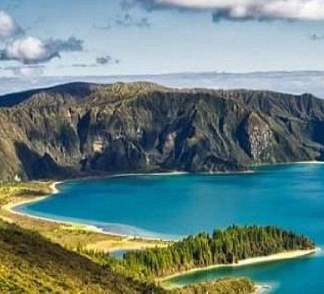 Aqua_dos_Açores:_a_new_research_perfumery_brand