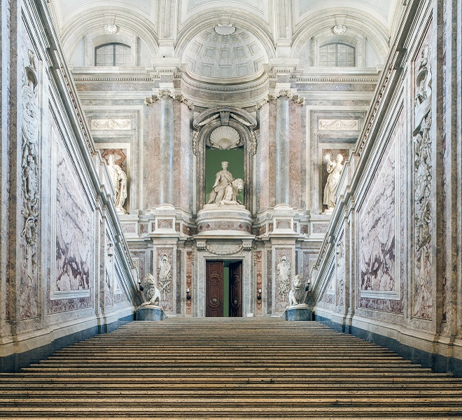 Discover_the_Royal_Palace_of_Caserta,_jewel_of_the_Bourbon_royalty