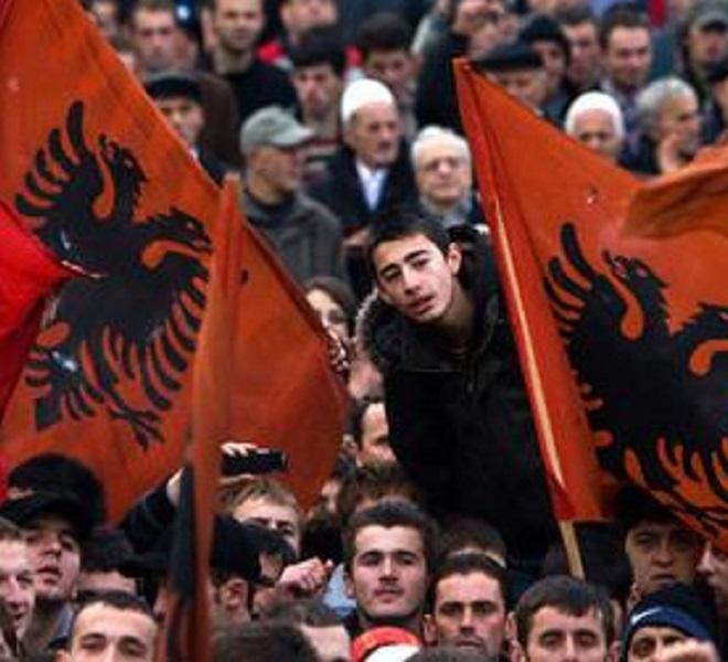 Albania:_giovani_in_protesta_contro_uno_Stato_che_non_sa_difenderli