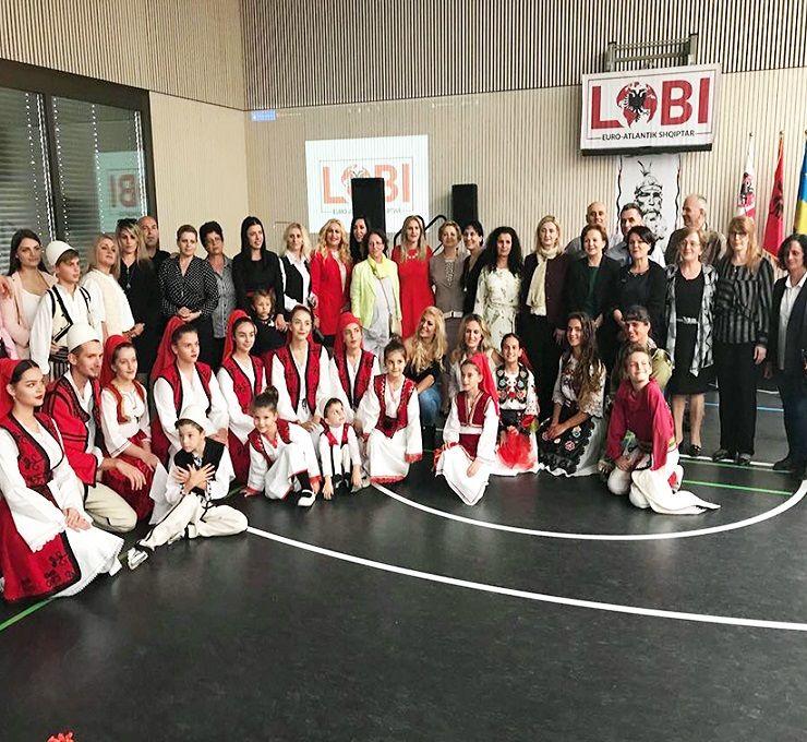 Academia_Solenne_celebra_la_figura_dell'Eroe_Nazionale_Albanese_Gjergj_Kastriota_Skenderbe