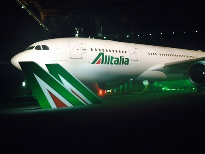 Alitalia_emette_bond_da_€_375_milioni_della_durata_di_5_anni
