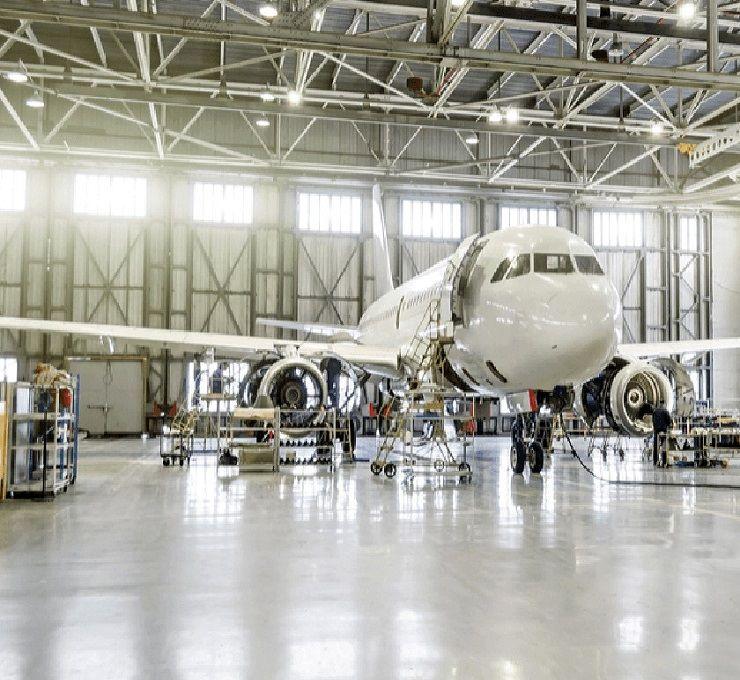 Blatte_meccaniche_per_la_manutenzione_degli_aerei