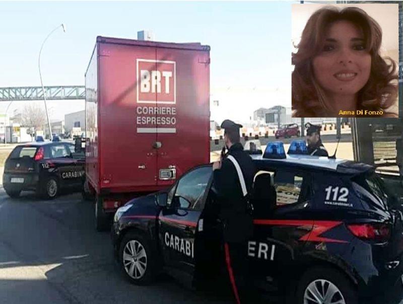 Coppia_tenta_di_fare_razzia_su_un_furgone,_lasciando_in_auto_il_figlio_di_poco_più_di_due_anni