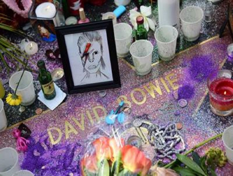 Addio_a_David_Bowie