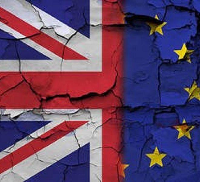 Brexit,_abbracci_e_lacrime_in_aula_fra_i_deputati