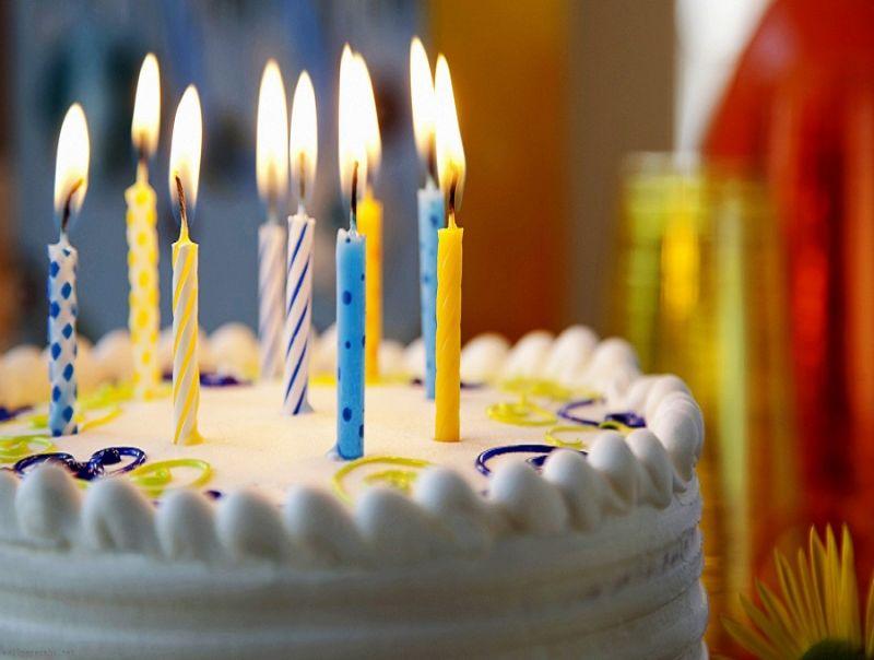 Buon_compleanno,_Internet!