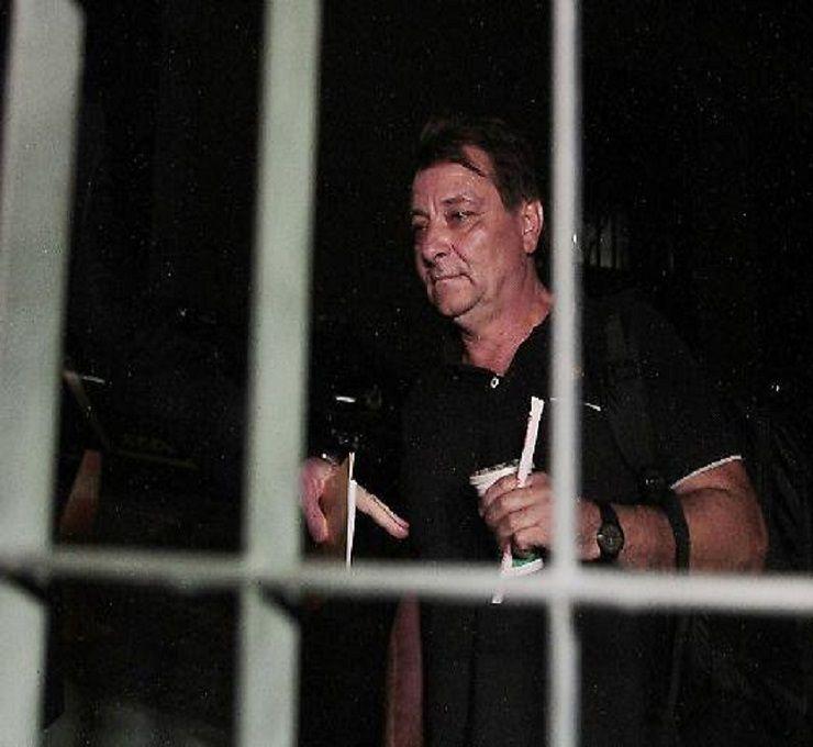 Battisti_nel_carcere_di_Oristano