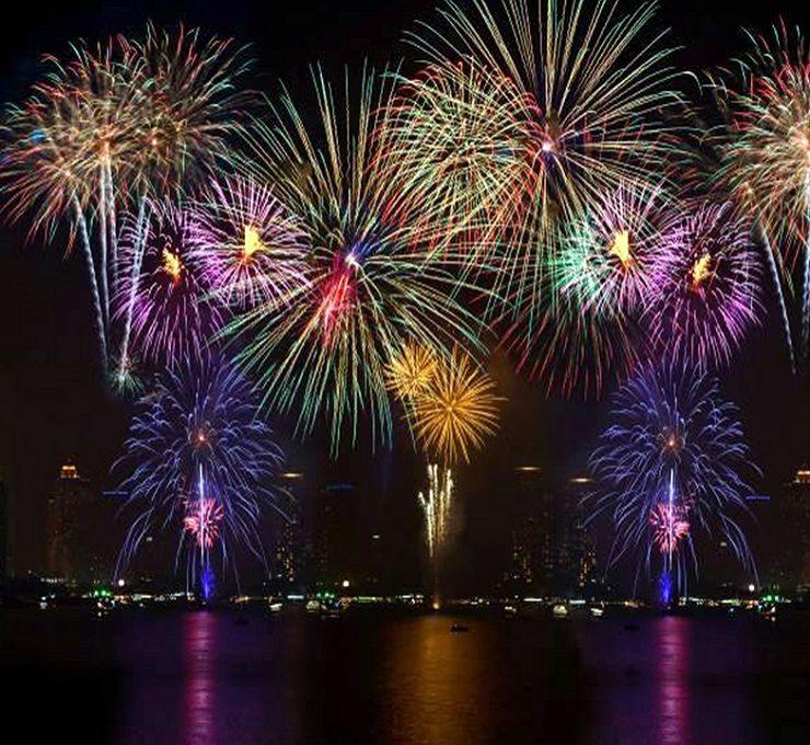 Dal_Canada_i_fuochi_d'artificio_silenziosi