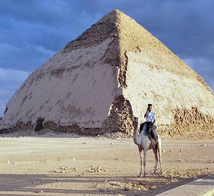 Egitto,_ritrovate_otto_mummie_di_2_500_anni_fa