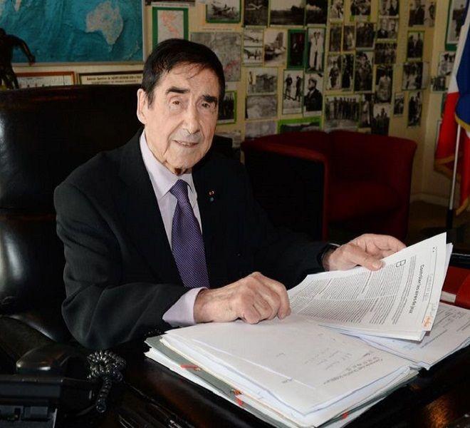 Francia,_sindaco_97enne_si_ricandida_per_un_nuovo_mandato_di_sei_anni