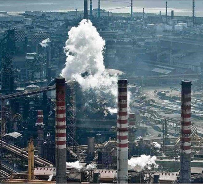 Guardia_di_finanza_negli_uffici_di_Taranto_e_Milano_dell'ArcelorMittal