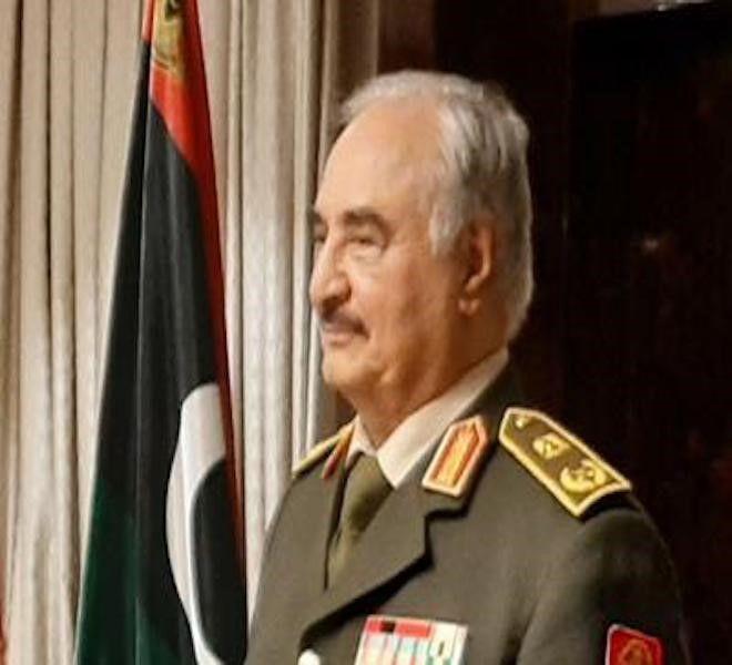 LIBIA,_HAFTAR_CAUSA_CRISI_PETROLIFERA