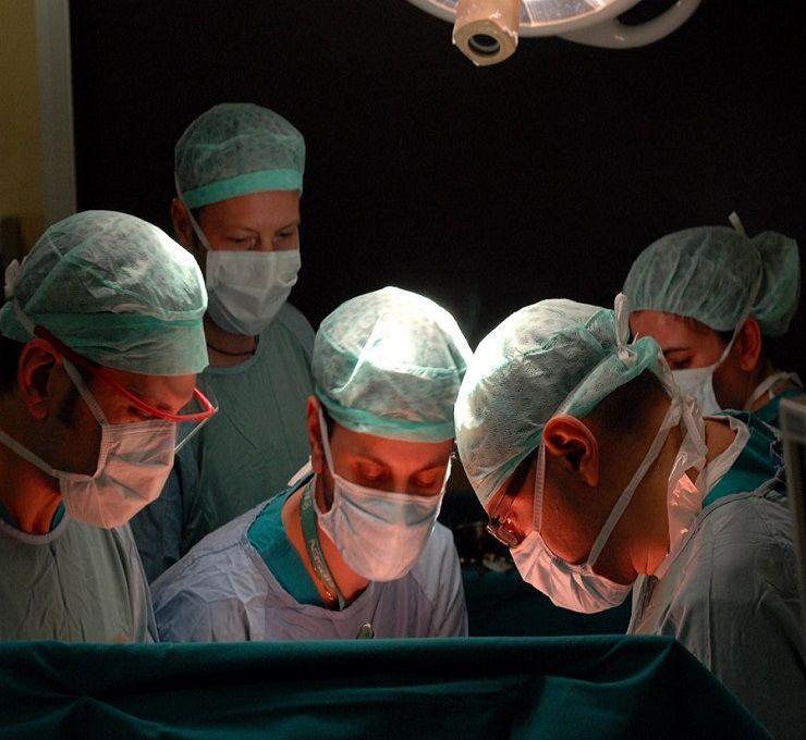 L'intelligenza_artificiale_piace_agli_italiani,_per_8_su_10_aiuterà_la_medicina