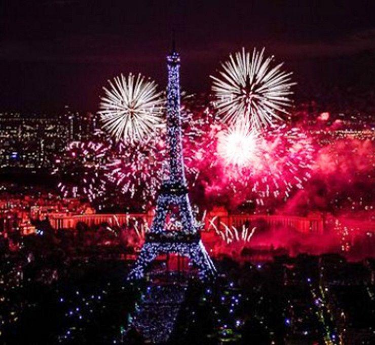 """La_""""ville_lumière""""_punta_le_sue_luci_sull'uguaglianza_ed_ospita_un_evento_unico_al_mondo"""