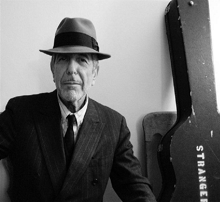 Leonard Cohen  un altro faro si è spento... Oggi siamo tutti un po ... 931d4c63ae8f