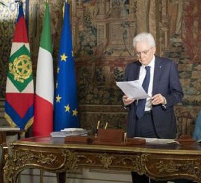 Mattarella_nomina_Cavalieri_al_Merito_gli_-rsquo;eroi_del_Covid-rsquo;