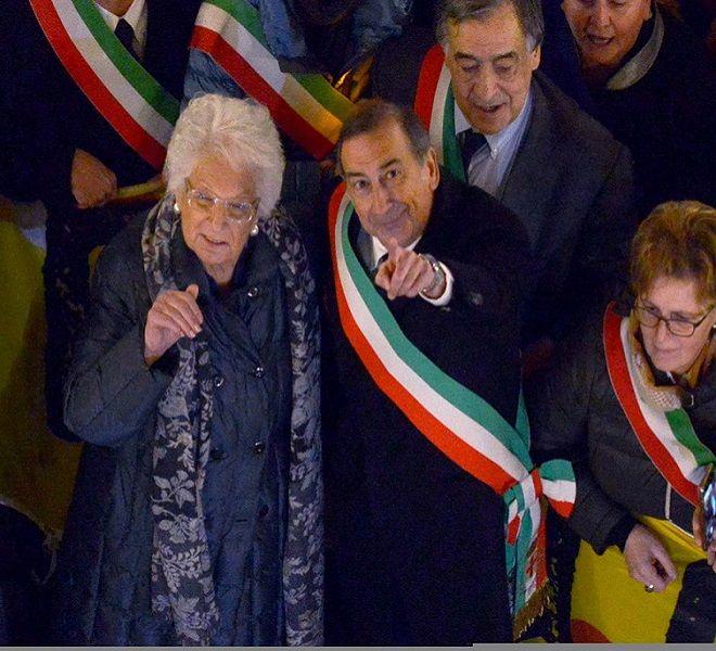 Milano,_la_marcia_dei_sindaci_per_Liliana_Segre