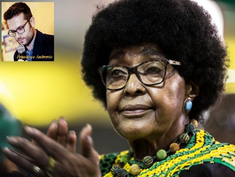 Morta_Winnie_Mandela