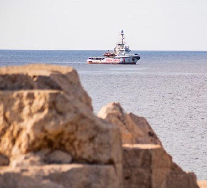 Open_Arms,_Spagna_offre_porto_più_vicino