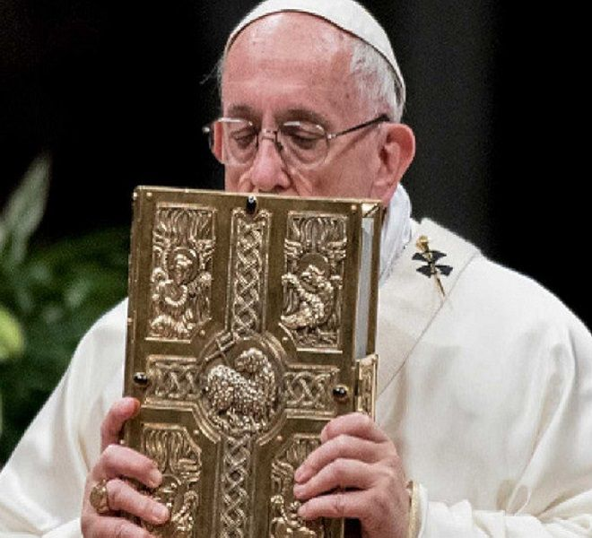 Papa_istituisce_la_'Domenica_della_Parola_di_Dio'