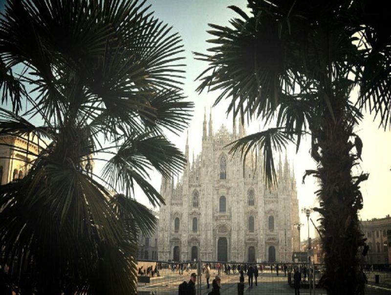 Piazza_Duomo_e_le_sue_polemiche
