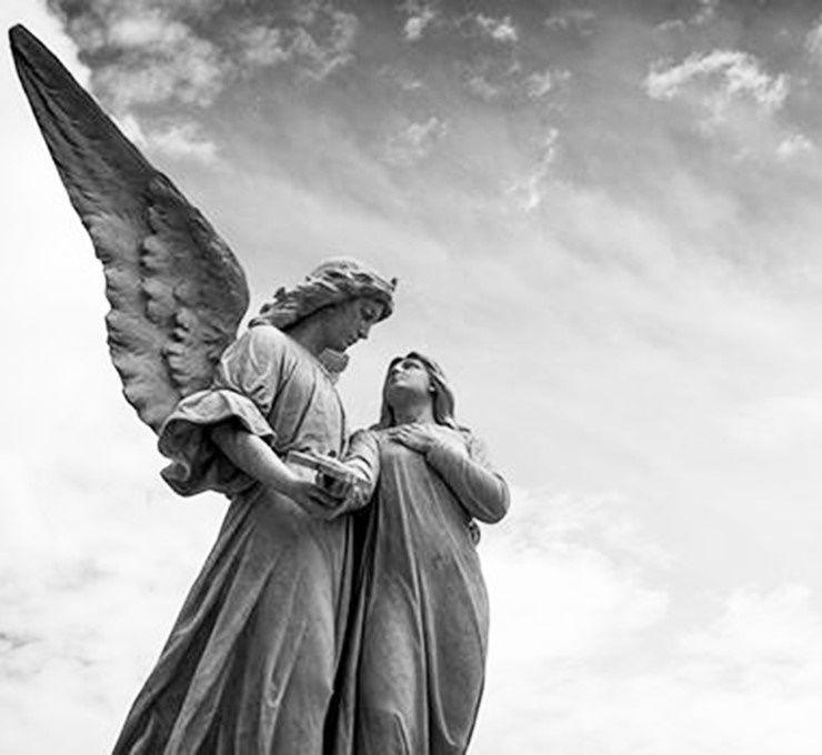 TUTTI_QUANTI_ABBIAMO_UN_ANGELO