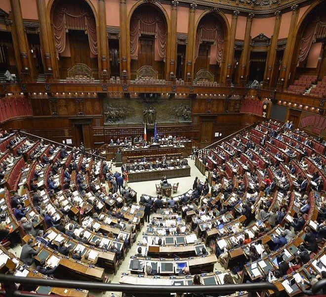 Taglio_parlamentari,_ok_Camera