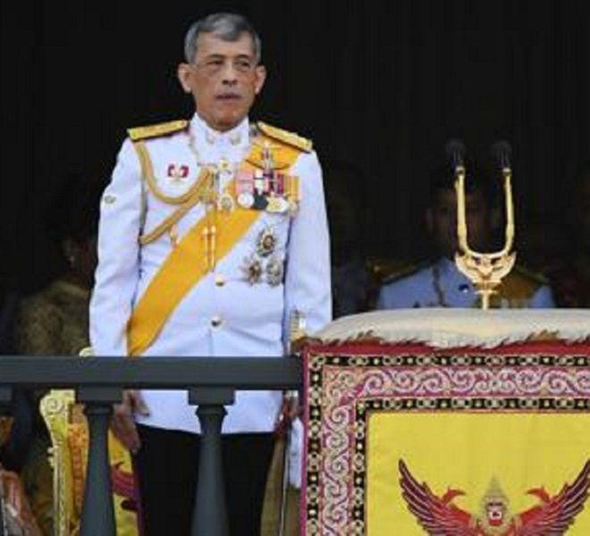 Thailandia,_il_re_punisce_la_concubina:_via_i_titoli
