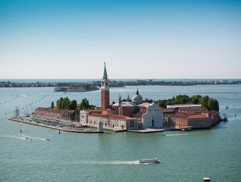 The_Venetian_Giorgio_Cini_Foundation_on_the_Island_of_San_Giorgio_Maggiore