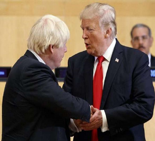 Trump_punta_su_Boris_Johnson