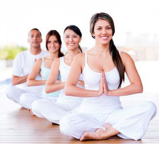 """Sessione_di_""""Yoga_della_Risata""""_promossa_dall'associazione_""""Le_Meraviglie"""""""