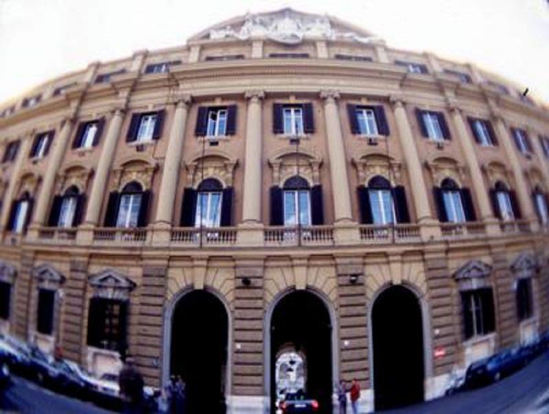 Banche,_arriva_scudo_da_150_mld:_garanzia_Stato_con_via_libera_dalla_Ue
