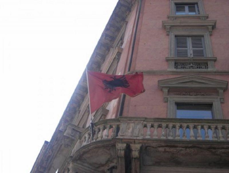 Konsullata_e_Shqiperise_ne_Milano_prezanton_E-Konsullata