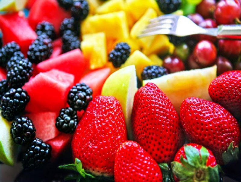 Alimenti,_gelati_e_frutta_fresca_i_preferiti_in_spiaggia