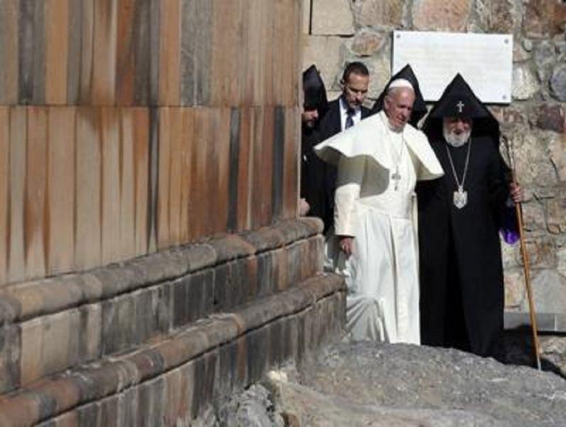 Armenia,_Turchia_critica_di_nuovo_il_Papa:_Ankara_convocherà_rappresentante_vaticano