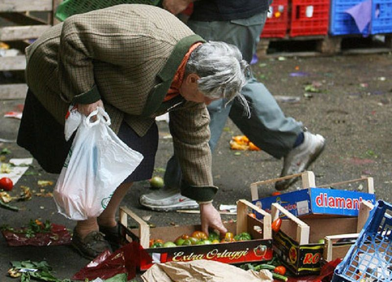 OCCUPAZIONE_E_AFFARI_SOCIALI_-_UE,_3_5_miliardi_di_€_per_gli_indigenti