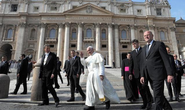 cms_1476/papa-bergoglio-intercettato-prima-del-conclave-dalla-nsa.jpg