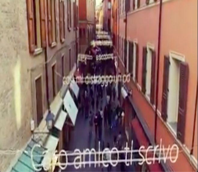 Bologna E Il Figliol Prodigo A Natale Le Luminarie Di Via D Azeglio Saranno Dedicate A Cesare Cremonini International Web Post International Web Post