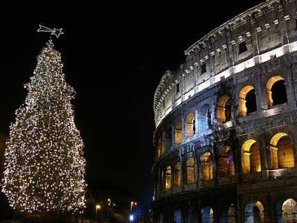 cms_251/cinque_MERCATini-di-Natale-Piazza-Navona-2013-2.jpg
