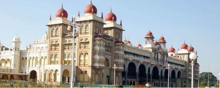 cms_699/Il_palazzo_Mysore_nel_Kerala_India.jpg