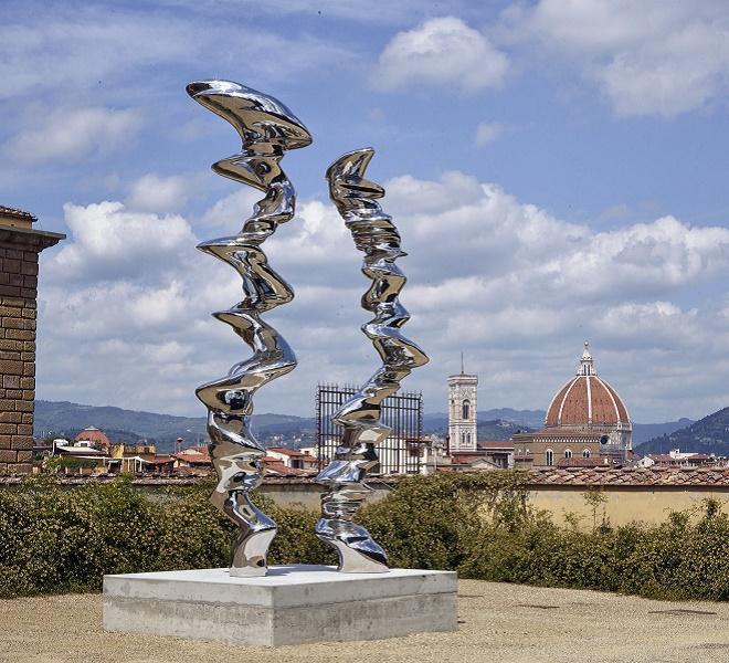 Tony_Cragg_in_Florence's_Boboli_Gardens