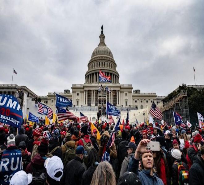 USA:_BIDEN_È_PRESIDENTE,_NEL_CAOS_GENERALE