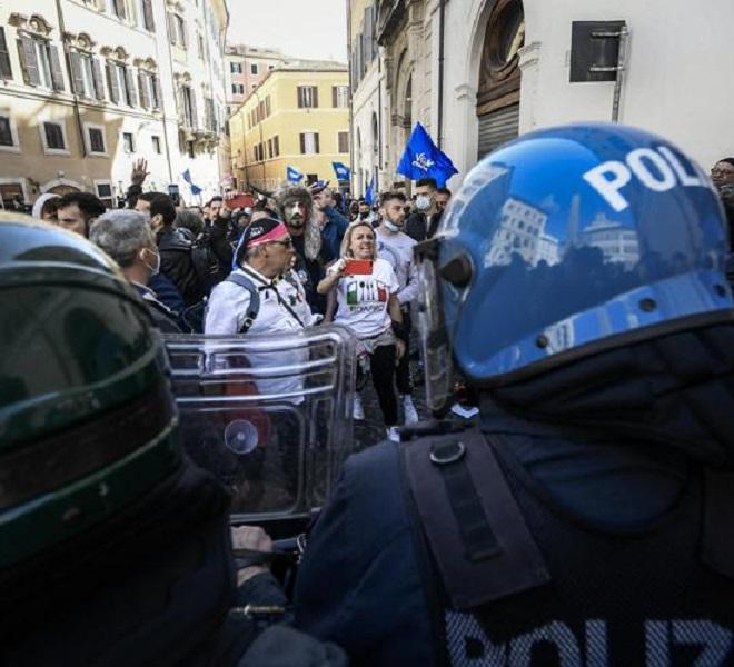 PROTESTA_RISTORATORI_A_ROMA,_SCONTRI_A_MONTECITORIO