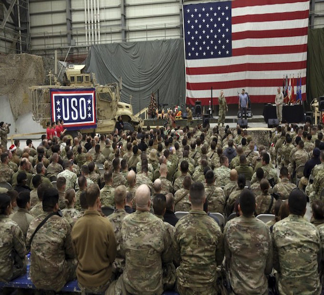 AFGHANISTAN:_USA_E_NATO_LASCIANO_BASE_BAGRAM