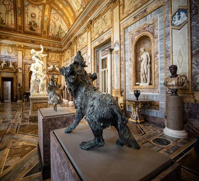 THE_GENIUS_OF_DAMIEN_HIRST_AT_GALLERIA_BORGHESE_IN_ROME